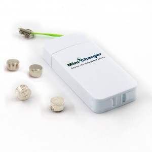 Rechargeable Kit for Hearing Aids - 4x Size-13 rechargeable NI-MH P13 Hearing Aid Batteries with a Mini Charger